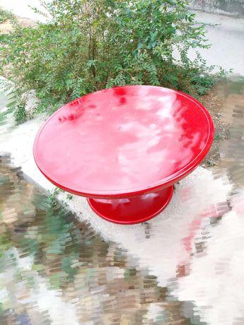 Круглый красный стол диаметр 90 см ( немецкое качество)
