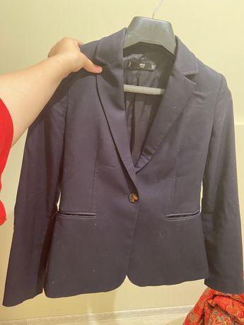 пиджак,юбка  и блузки