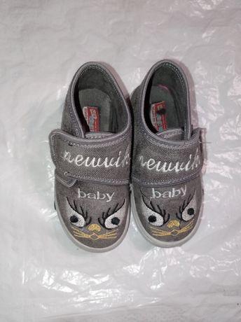 Детские летние ботиночки