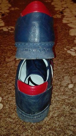 Обувки енерджи