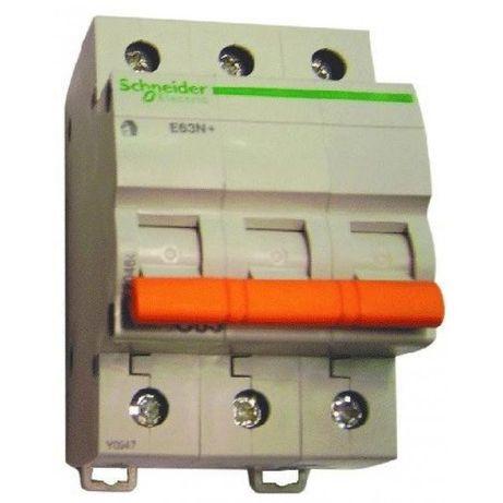 Продавам предпазител SCHNEIDER ELECTRIC E63N+, 3P, C63, 63A.