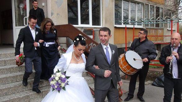 ®Оркестър за Сватба Извеждане на Булка Бал Събори Юбилеи Изненад