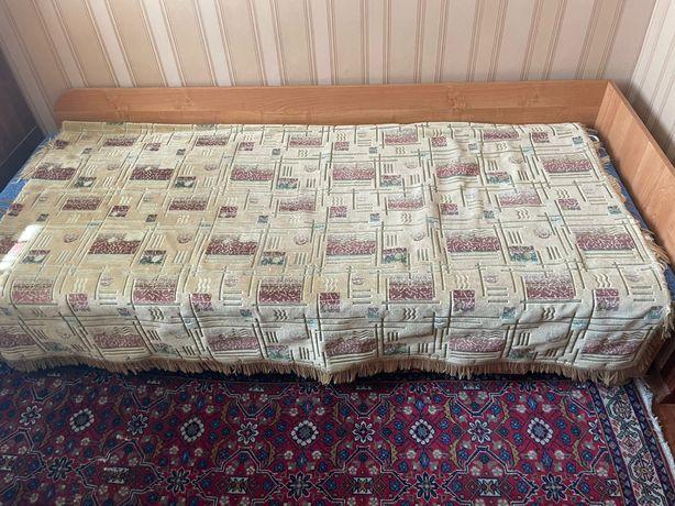 Продам кровати односпальные