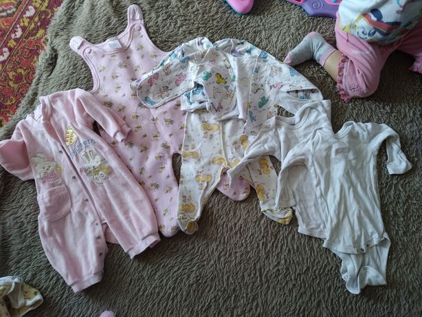 Вещи на новорожденного, девочку