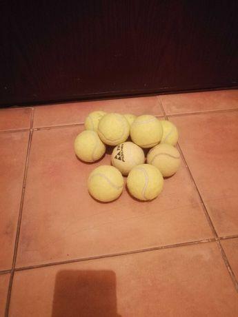 Mingi de tenis de camp