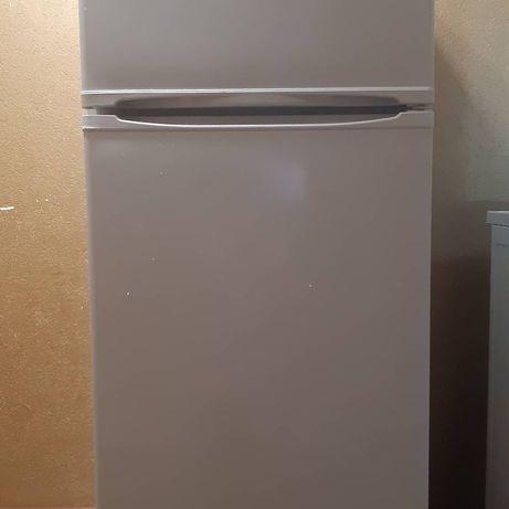 Продам холодильник INDEZIT,в хорошем состоянии, за 30000.