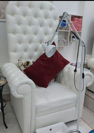 Продам кресло-трон.