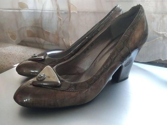 Дамски обувки на токчета