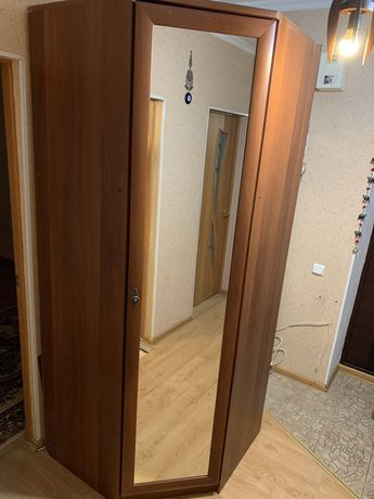 Шкаф очень удобный  и вместительный
