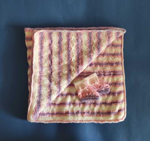 Ръчно плетено бебешко одеяло + терлички