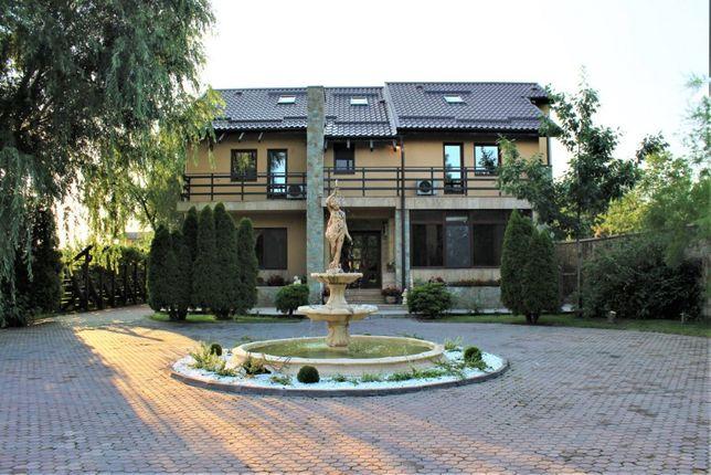Vand vila deosebita, piscina, garaj, parc, Buftea cartier rezidential