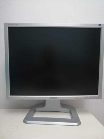 Монитор Samsung, Б/У