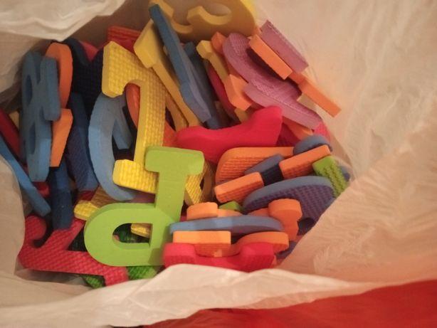 Бесплатно пазлы с буквами