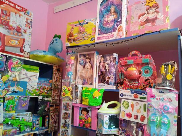 Продаются отдел с игрушками
