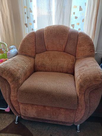 Продам кресло хорошее удобное