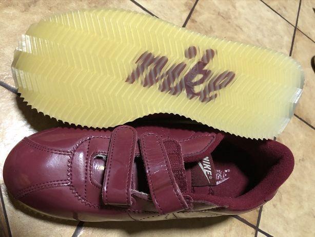 Nike 37