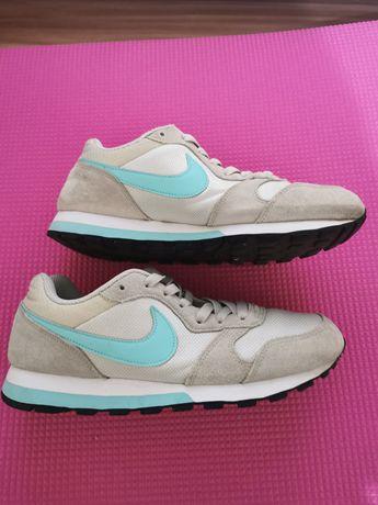 Adidasi Nike bej/turcoaz 39