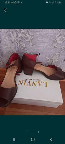 Жепская обувь, босоножка