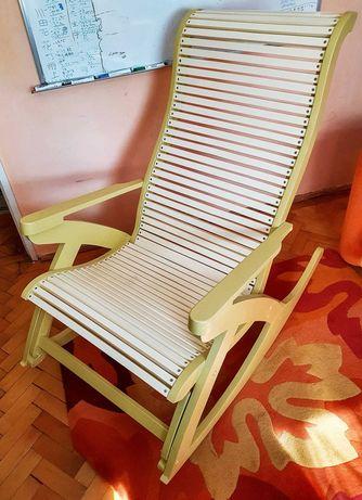 Scaun balansoar lemn + pernuta pt. o camera mare, terasa sau gradina
