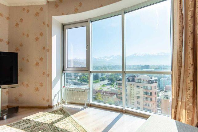 Шикарный вид панорамные окна жк Самал Достык Плаза посуточно квартира