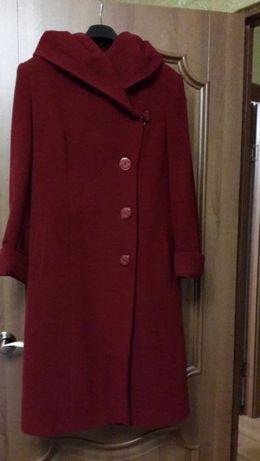 пальто вишня