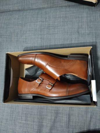Pantofi noi Leofex