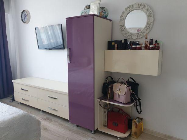 Vand apartament mobilat