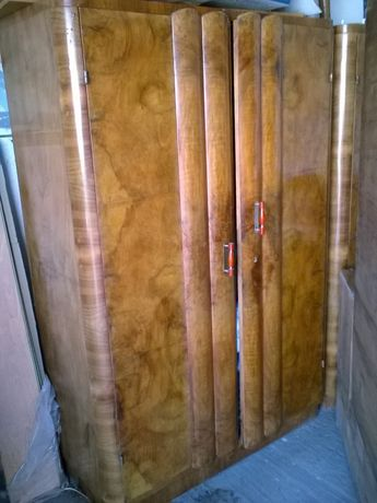 Mobila dormitor lemn