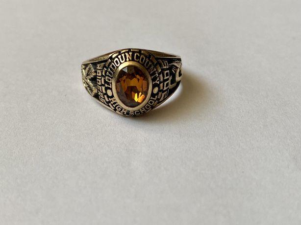 Inel de colegiu USA din aur de 10k cu safir