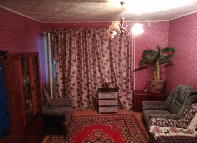 ПРОДАМ 2-х комнатную квартиру в 4 микрорайоне
