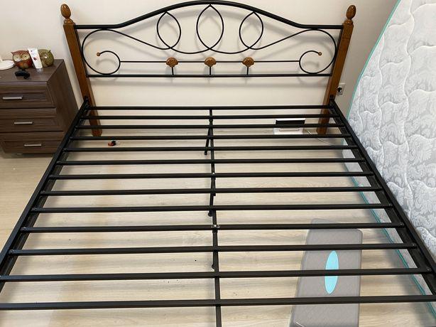 Кровать двуспальная 200х180