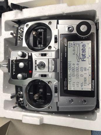 Vând telecomanda pentru aeromodele Futaba
