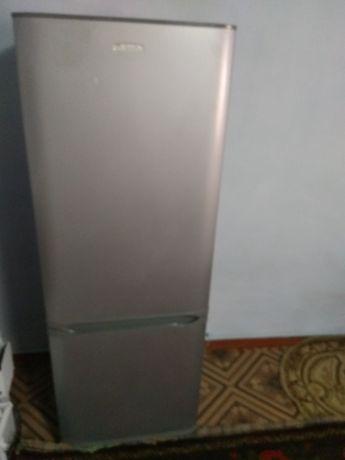 Холодильник в хорошем состоянии