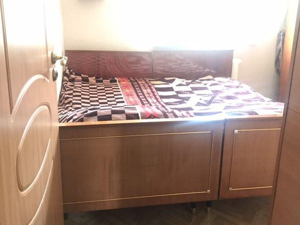 Спальный гарнитур в хорошем состоянии