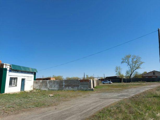 Здание мастерской в 45 км.от Костаная