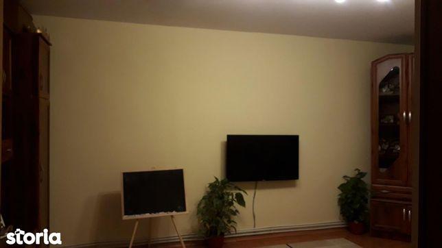 Apartament cu 3 camere de vânzare în zona Marasti