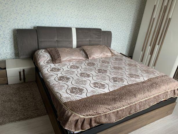 Кровать с тумбочками (можно и без) weltew