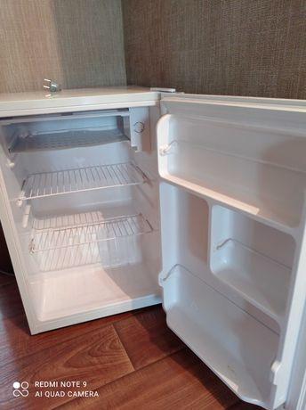 Продаи холодильник.