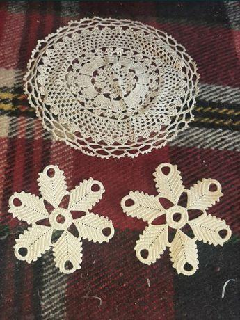 Различни видове плетени покривки.