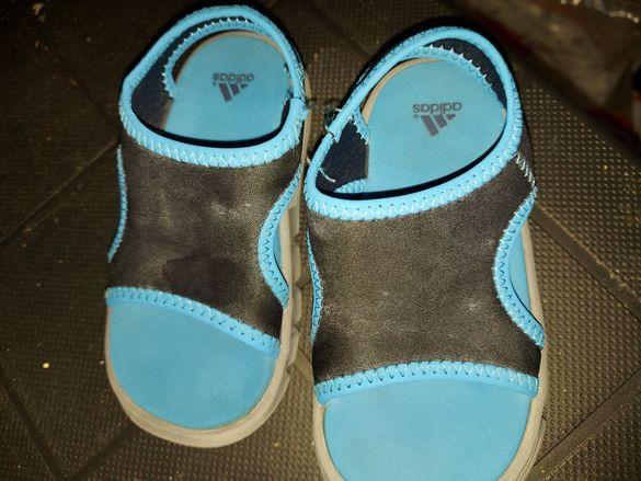 Детски сандалки адидас 22номер