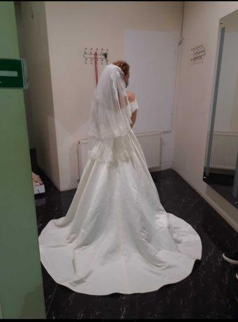 Rochie de mireasă alb-ivoire in A