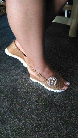 Sandale crosetate manual pentru copii si adulti 4