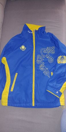 Продам куртку спортивную