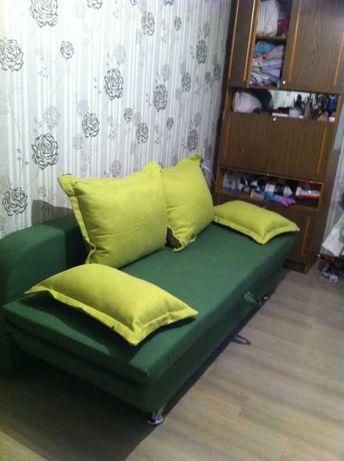 Диван книжка с подушками