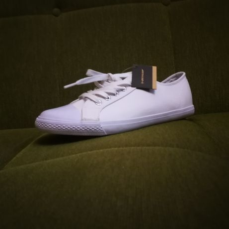 Дамски спортни обувки Dunlop