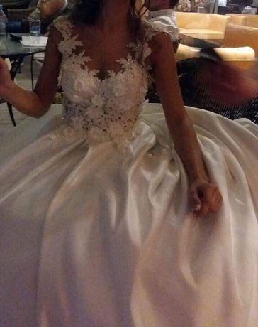 Булчинска рокля/Сватбена рокля