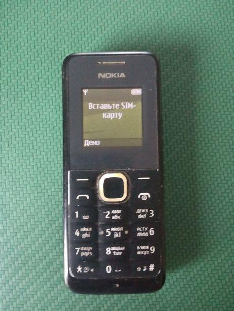 Телефон кнопочный Нокиа.