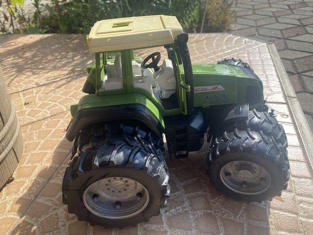 Macheta tractor Fendt Favorit 926
