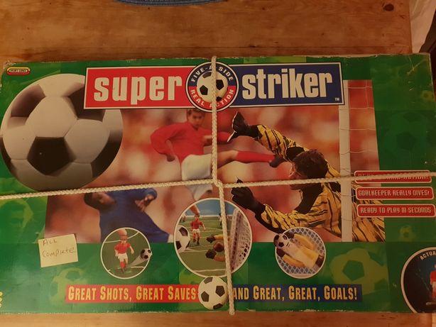 Super fotbal striker