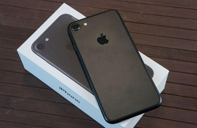 iPhone 7 продам 32гб